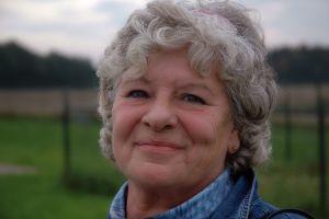Nástup menopauzy u žen je velmi individuální, může přijít mezi 40. a 60. rokem věku.