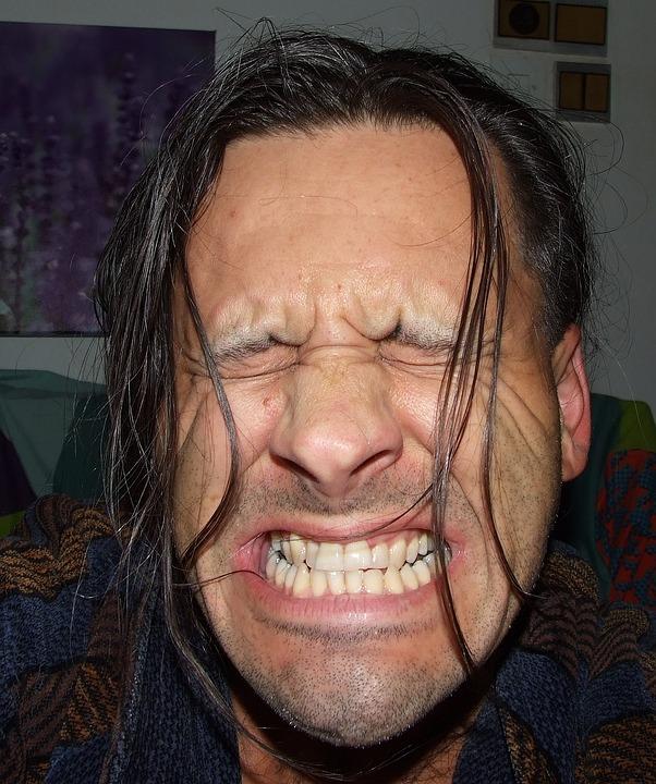 bolest mrtvého zubu